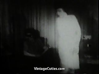 Woman With Big Tits Sucks On Her Casting (1950s Vintage)