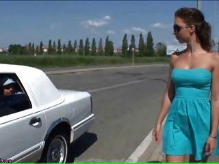 Baise Sur Une Limousine