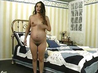 Beautiful Pregnant Mom 9