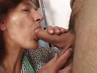Mature Woman Fucked Hard & Facial