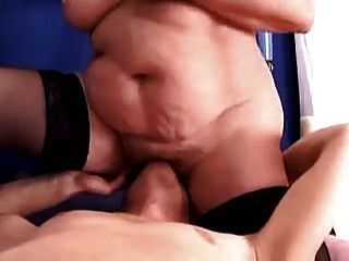 Hanging Belly Bbw Gets Her Cunt Eaten