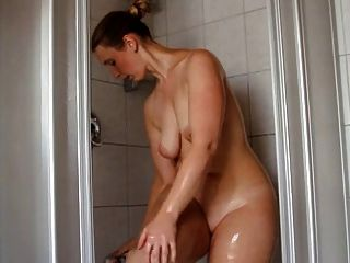 Brunette In The Shower - Beautiful Ass