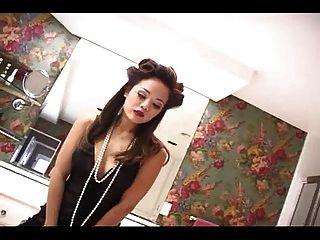 Miss Luana Sexy Teaser Pin Up Girl