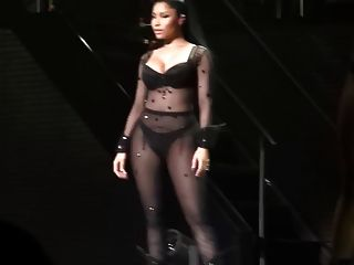 Nicki Minaj - Palais 12 Brussles Performance