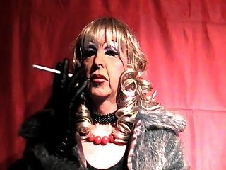 Mature Tranny Whore Smokes