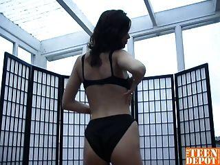 Black Haired Slut Teasing Her Pussy