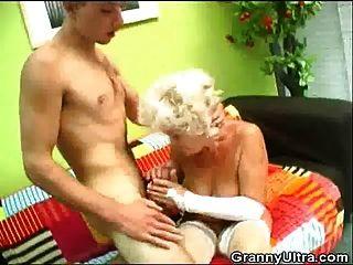 Hairy Pussy Blonde Granny Fucked