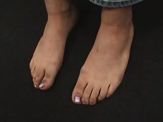 Store Worker Shows Her Sexy Feet