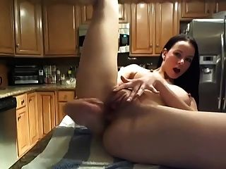 Squirting In The Kitchen