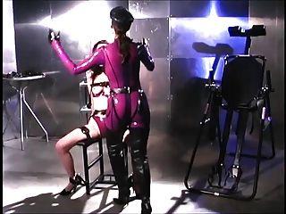 Dominatrix Gives A Sexy Lesson 1