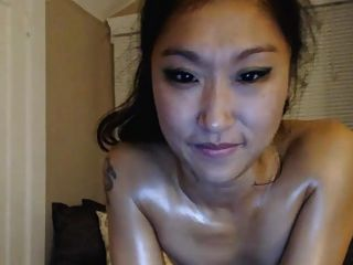 Super Sexy Asian Chick Stripteasing