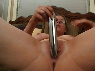 Horny Milf With Glasses Toying Her Pussy