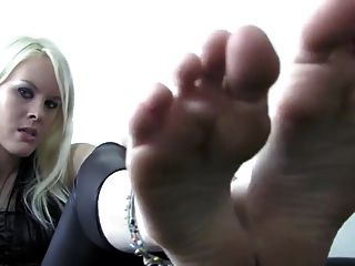Joi With The Feet Of A Goddess