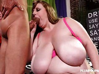 Sexy Busty Milf Sapphire 38l Fucks Ramon Monster Cock