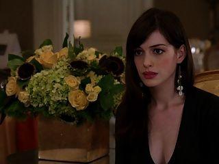 Anne Hathaway - The Devil Wears Prada