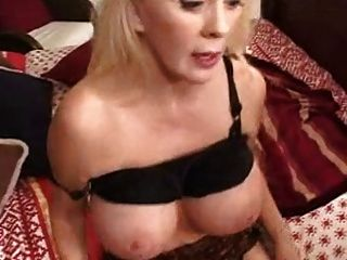 Hot Busty Milf Enjoy Her Gangbang Party
