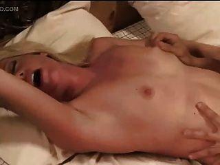 Hottie Pornstar Beverly Lynne