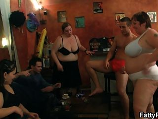 Three Bbw Sluts Dance And Give Head
