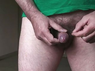 Hot Wank Video With Final Cumshot For Your Pleasure