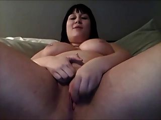 Bbw Shoves A Dildo In Herself On Cam