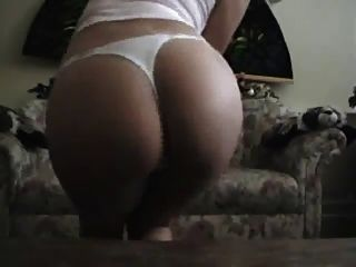 Chick Masturbating On Her Couch