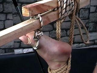 Torture Feet