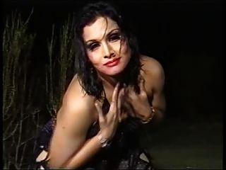 Pakistani Chick