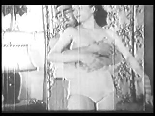 Woman With Big Ass And Boobs Gives Head And Does It Doggy Style In Old B&w Clip