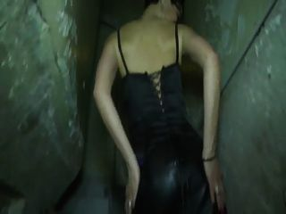Juliette A Milf Wearing Stockings Fucked In A Threesome