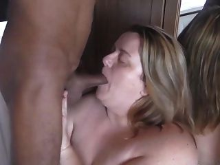Bbw Sucking & Deepthroating Black Cock