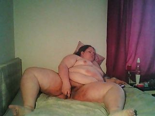 Really Fat Chick Masturbating, 2 Orgasms
