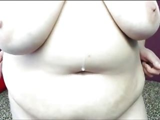 Bbw Stunner With Huge Knockers Strips For Me On Webcam