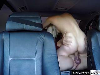 Teen Nikki Snow Fucks Uber Driver Big Cock Cumshot