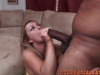 Chick With Hot Ass Takes Massive Black Cock In Her Asshole!