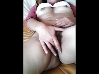 The Hairy Pussy Of My Wife - Chucha Peluda De Mi Esposa