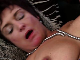 Old Mature Lesbians Fuck Young Lesbians