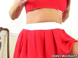 British Milf Lelani Looks So Hot In Her Cheerleader Outfit