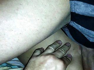 Mi Marido Me Masturba Con La Polla De Otro Hombre. Trio