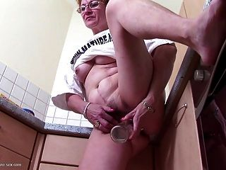 Old Bitch Fucks Her Stinky Hairy Cunt With Bottle
