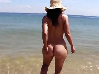 20yr old library pawg teasing me with her fat ass 1