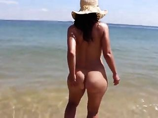 Pretty Booty Wife Naked In The Beach