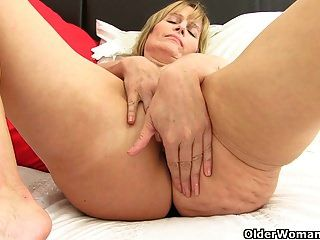 British Milf Ila Jane Strips Off And Rubs Her Clit