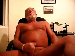 Daddy Bear Jerking Off