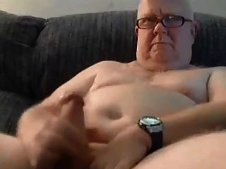 Hot Hairy Chub Daddy With Nice Thick Cock