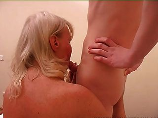 Old & Young - Mom Hot And Bothered