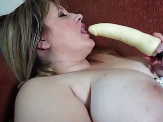 Mature Chubby Woman Needs A Good Fuck