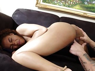 Black 18-year-old Teen Nami Fucks Lucky Older Guy