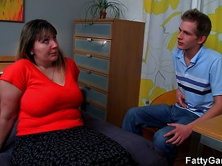 Fat Ass Plumper Seduces Stranger