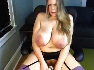 Best Saggy Tits Cam