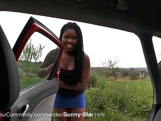 Sunny-star Wird Im Freien Gefickt